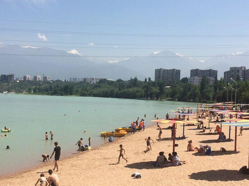 1200px Beach of Lake Sayran Almaty Cronos Asia