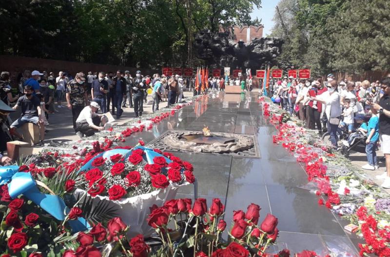 Den Pobedy v Almaty Cronos Asia