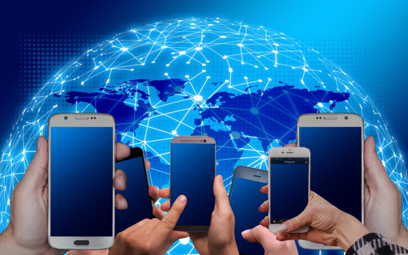 set smartfony internet pautina Cronos Asia