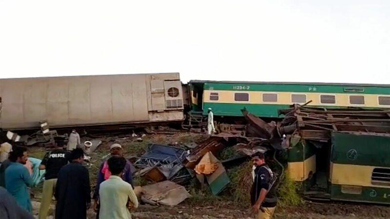 skynews train crash pakistan 5407686 Cronos Asia